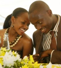 Fidel Castro Odinga (right) with fiance Veronica Wanjiru Ng'ang'a. Picture by DRUM Magazine.