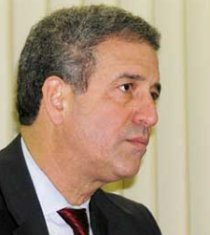 Wisconsin Senator Russ Feingold has sponsored a congressional bill to tackle the LRA.